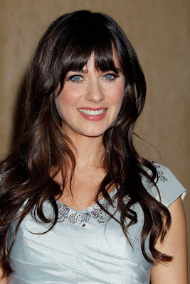 Zooey Deschanel  Hot Photo