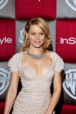 Elizabeth Banks Hot Photo