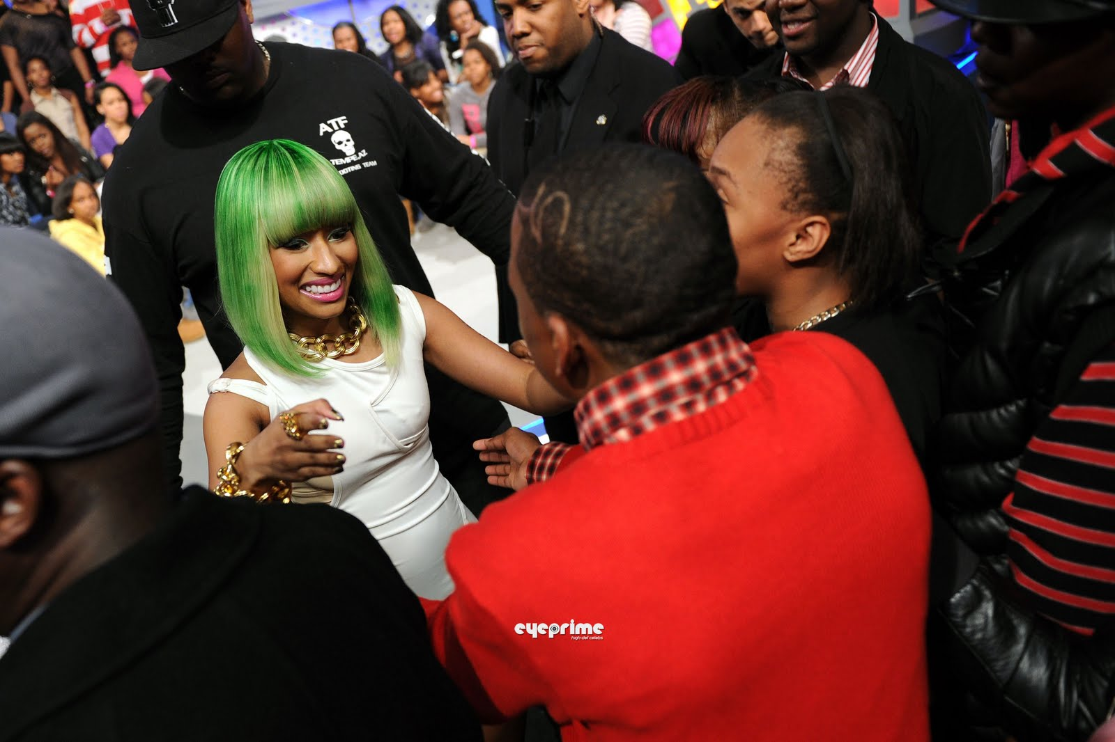 http://4.bp.blogspot.com/_6A8j2EQmANk/S8mg_X7n9RI/AAAAAAAACI0/AsJeNjl1jEE/s1600/Nicki+Minaj3.jpg