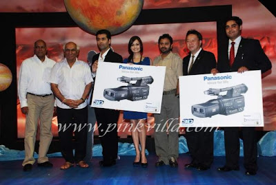Karan Johar and Dia Mirza Panasonic 3-D cameras and LCD