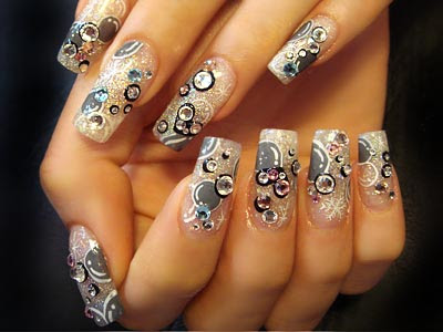 Chic and pretty girly nail designs with black nail polish and light brown or