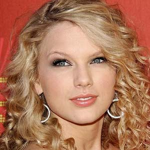 Innocent Taylor Swift on Wallpaper World  Taylor Swift Innocent Lyrics