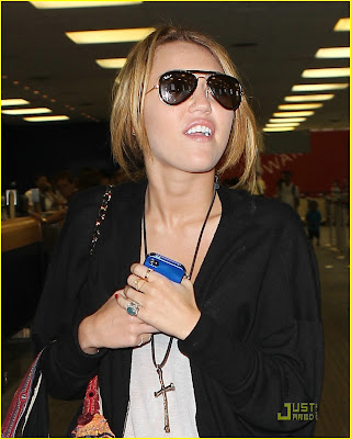 Miley Cyrus is Pepsi Cola Cute