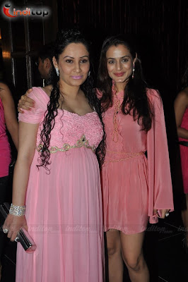 Amisha Patel at Manyata Dutt's Baby Shower ceremony