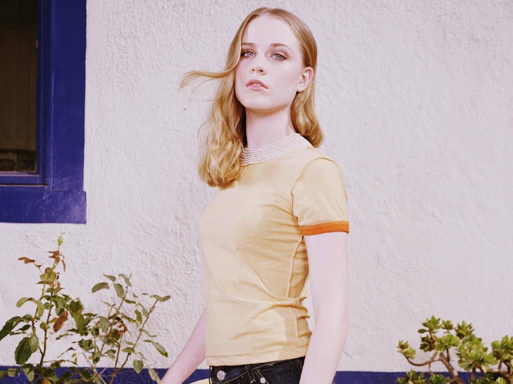 http://4.bp.blogspot.com/_6A8j2EQmANk/TJLi8oNRT5I/AAAAAAAAQlo/iUPhcToSg2M/s1600/Evan-Rachel-Wood-8.JPG