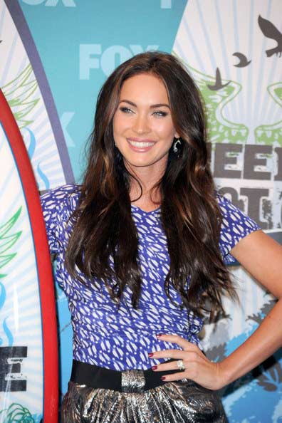 megan fox hairstyles with bangs. Megan Fox Hairstyles Latest