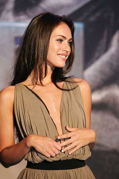megan fox haircut 2011. megan fox hairstyles 2010.