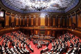 Quanti sono i senatori italiani domande e risposte for Quanti senatori
