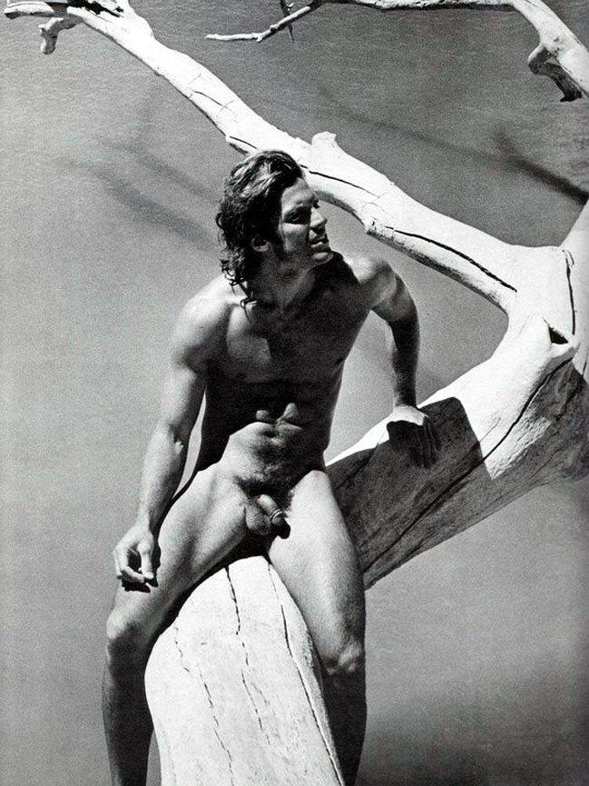 [Male+Nudes_8.jpg]