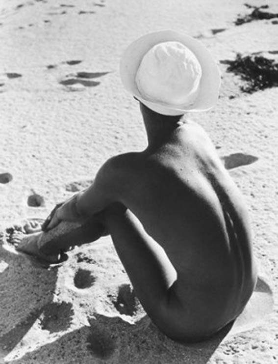 [Sailor-Hat-_Lisa__-1949-Fernand-Fonssagrives.jpg]