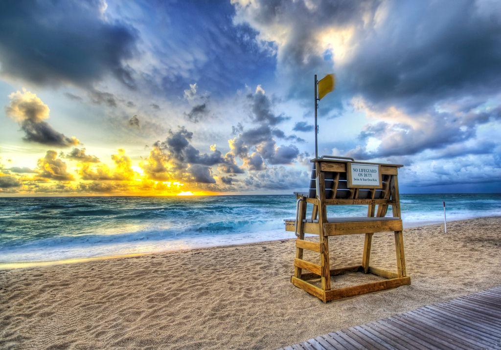 [Alone+at+the+Beach.jpg]