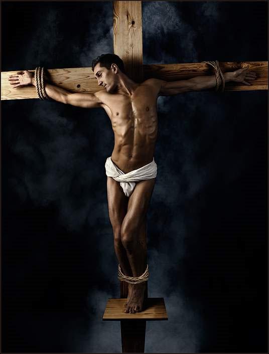 [Religious_1_Crucifix.jpg]