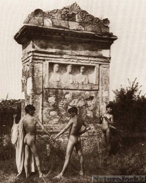 [Vintage+male+Nude_7.jpg]