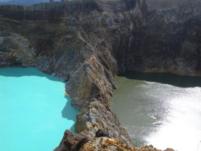 Mysterious Tricolored Lakes,kelimutu, indonesia,flores,