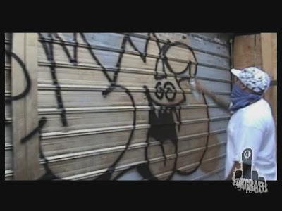 letras de graffiti. emoticones de letras de