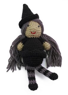 Free Amigurumi Witch Pattern : Free Halloween Amigurumi Patterns Curly Girls Crochet Etc.
