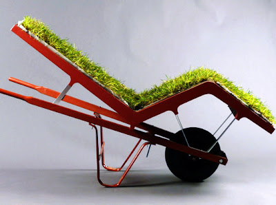 Chaise Lawn Chair Is a Grassy Chair