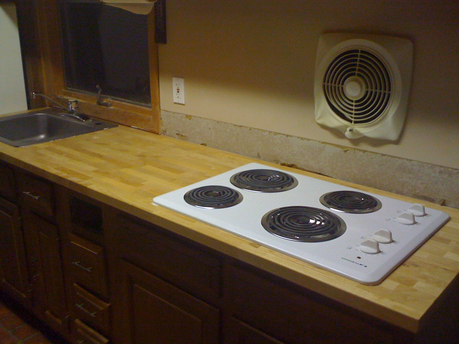 Countertop Stove : Robs Musings: Ikea to the counter top rescue