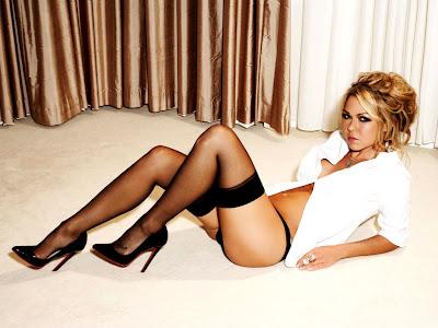Adele Silva sexy
