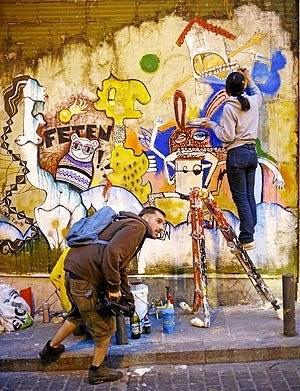 Madridcolors graffiti en las escuelas p as for Arte colectivo mural