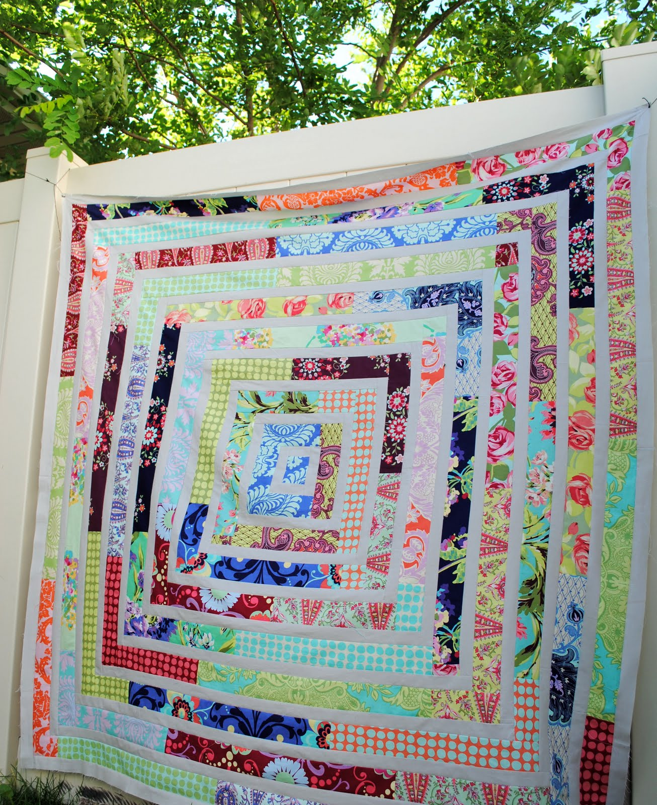 Free Quilt Patterns Using Jelly Roll Strips : Hideaway Girl: Scrappy LOVE Jelly Roll Quilt