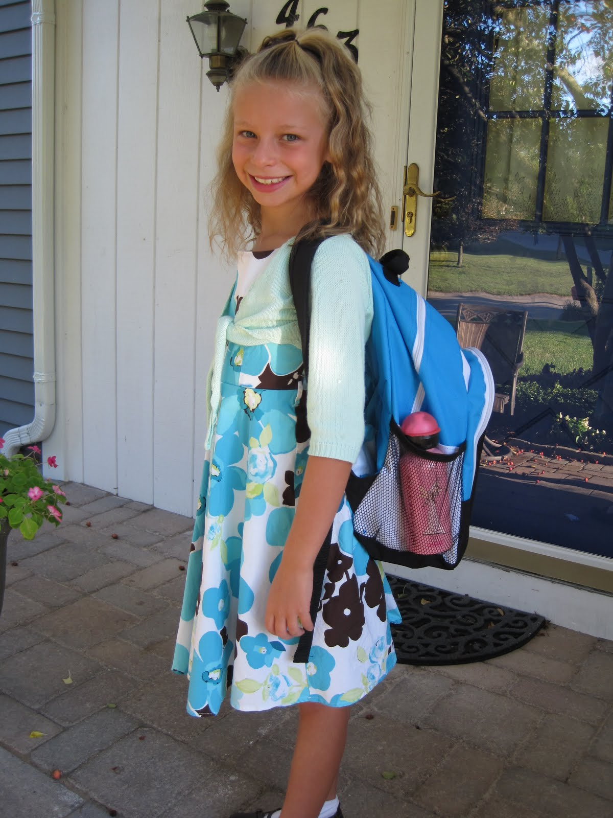 first day at grade 7 school Grade 7&8 first day of school hello grade 7&8 st mary students we want to remind you that school begins on tuesday, september 6 th at 8:05 am and dismissal is 2:08 pm elementary students.