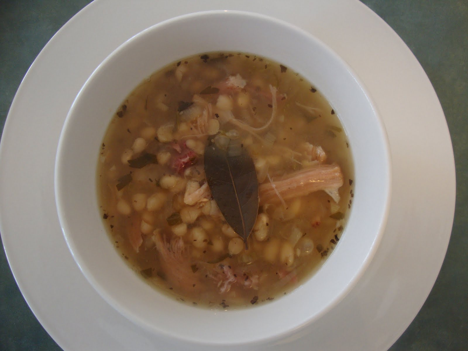"Busy Mom's Slow Cooker Adventures: ""The Best"" Bean and Ham Soup"