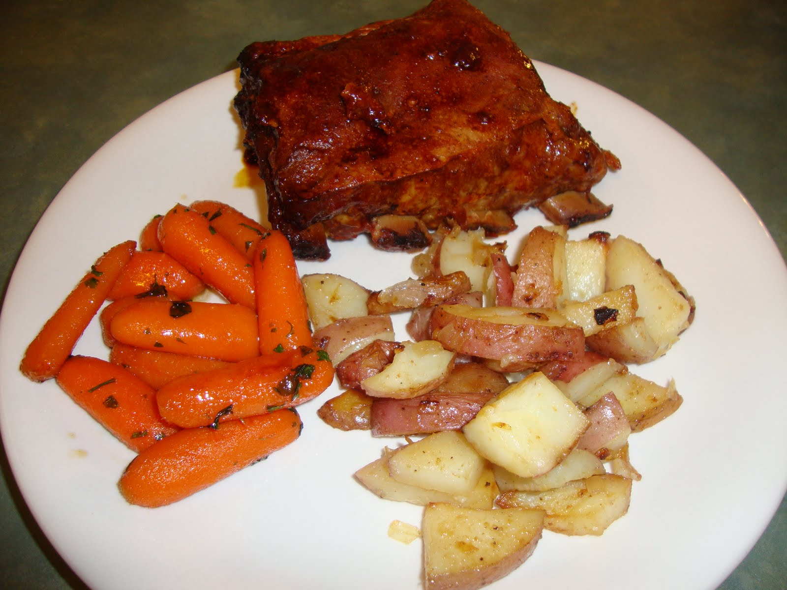 A Busy Mom's Slow Cooker Adventures: Easy Baby Back Ribs ...