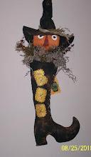 Lil' Pumpkin Witch Door Greeter