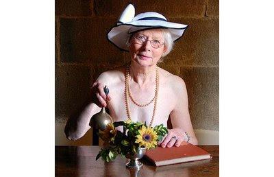Bugil on Zaman Edan   Nenek Nenek Berpose Bugil Di Kalender   Revarius Opinion