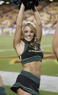 Oregon Basketball Cheerleader