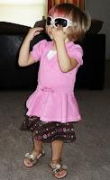 , cute toddler, runway practice, verycutebabypictures.blogspot.com/