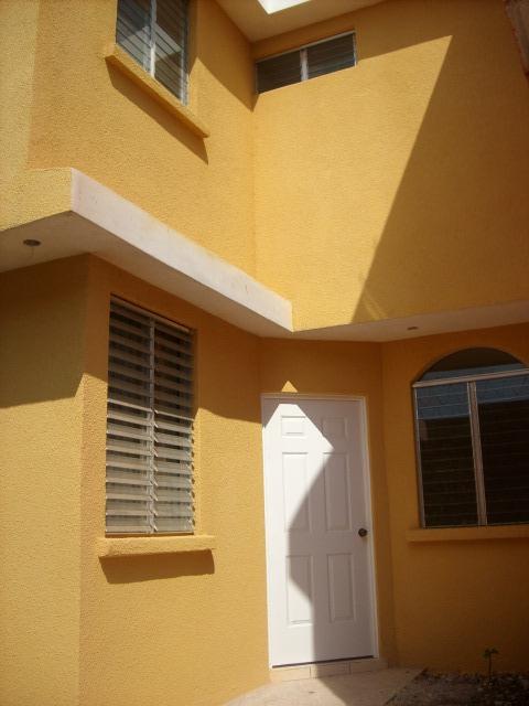 Azulejos Para Baños Samboro: bonitas casas nuevas de dos niveles, Sector Pinares de San Cristobal