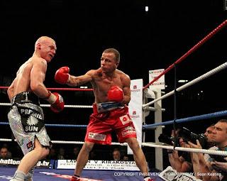 http://4.bp.blogspot.com/_6MEkDq5WfqM/S36oWFdTt2I/AAAAAAAAAEw/ej_LQnd4wvU/s320/Sky+Sports+Fight+Night+live.jpg