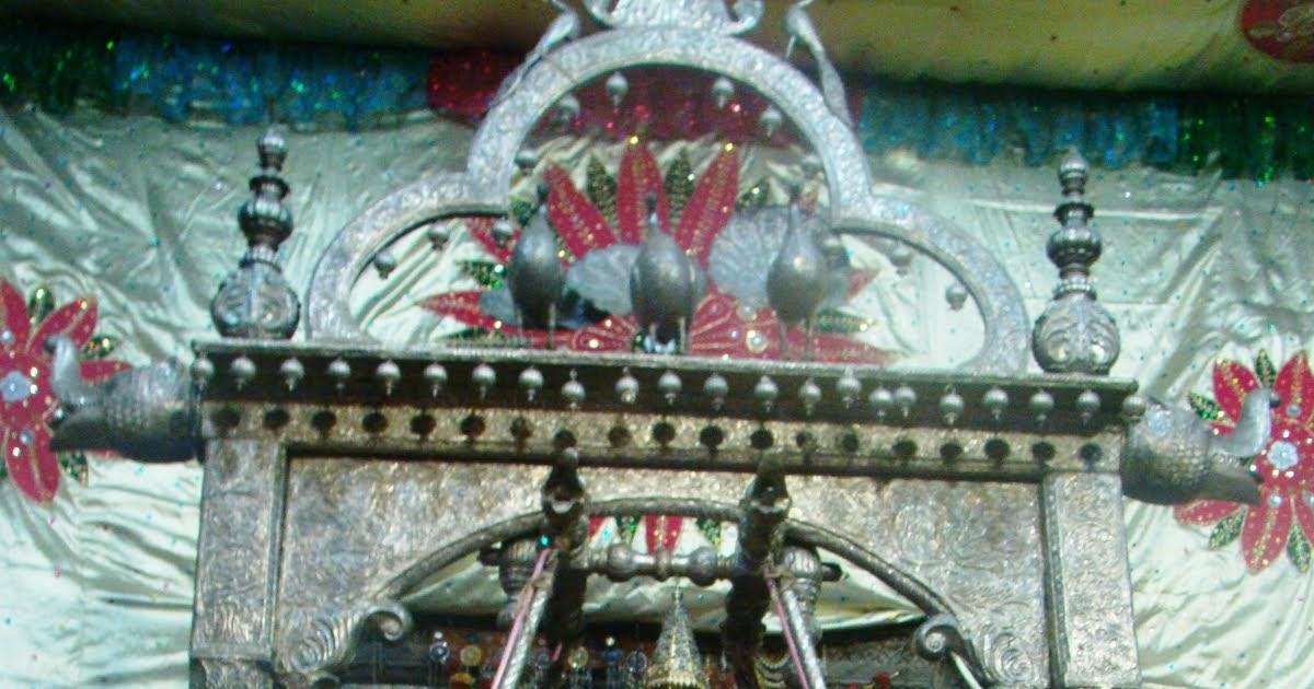 Radha Krishna Land: Jhulan yatra 2010 in Radha Raman Temple Ом Намах Шивая