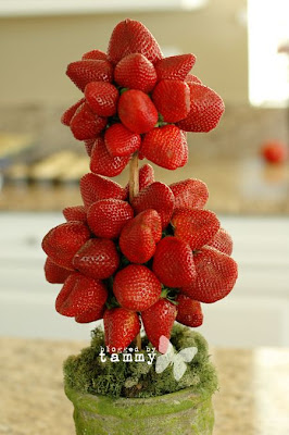 DIY strawberry topiary