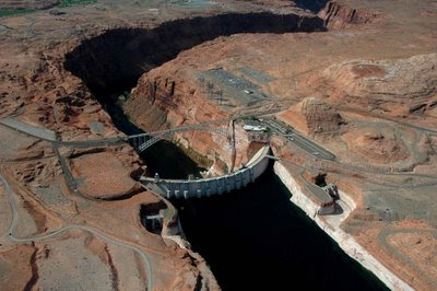 aerial view of Glen Canyon Dam, looking south