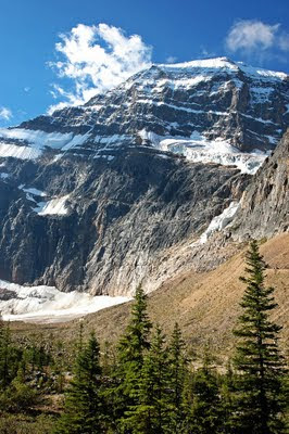 Mount Edith Cavell and valley
