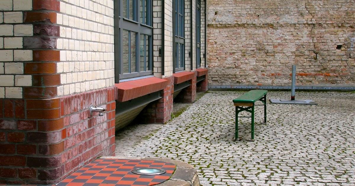 berliner hinterh fe neue sch nhauser stra e 20 berlin mitte. Black Bedroom Furniture Sets. Home Design Ideas