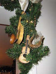Garland With Musical Instruments, right