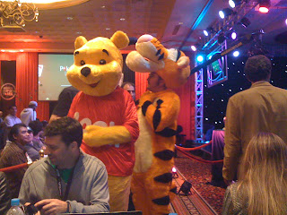 Martin Mathis as Pooh & Chris Conrad as Tigger at the LAPT Lima final table
