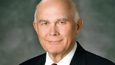 Elder Dallin H. Oaks of The Church of Jesus Christ of Latter-day Saints calls for unity to preserve constitutional religious freedom.