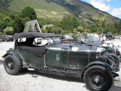 Bentley on Bentley Spotting  Vintage Bentley Tour Of New Zealand