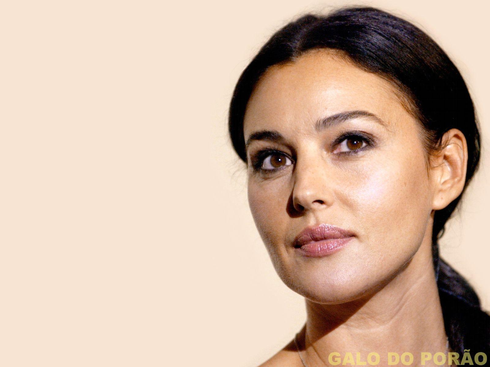 http://4.bp.blogspot.com/_6QURoNy4-5k/TK9QhXCJ7gI/AAAAAAAAIDI/M3a_URTnLlU/s1600/Monica+Bellucci.jpg