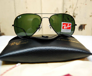 [WTS] Ray-Ban® Sunglasses Black+Green+%281+of+1%29-2