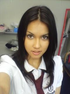 Bintang film panas asal Jepang, Maria Ozawa alias Miyabi (23 ...