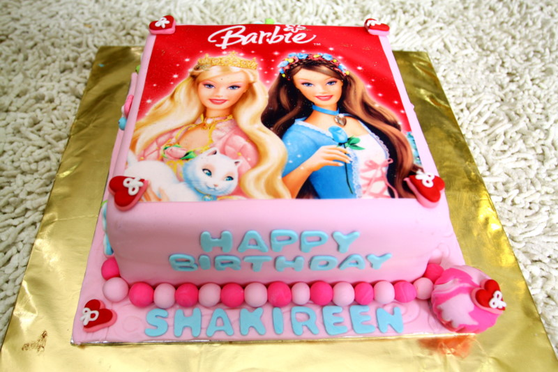 Edible Cake Images Barbie : lalaland: Barbie Edible Image Cake