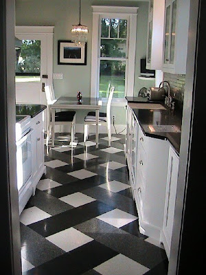 White Kitchen Cabinets Design on Kitchen Remodel Designs  Granite Kitchen Floor