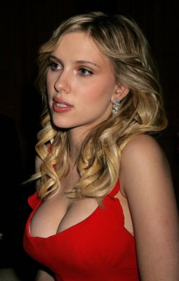 scarlett johansson globes 14g Diane Lane. I dont like small cars or real big women but somehow I always ...