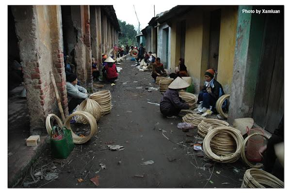 Phiên chợ Làng Chuông